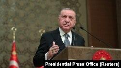 5 январда Туркия президенти Ражаб Тоййиб Эрдўғон Ливияга координация ҳамда операция маркази тузиш учун ҳарбий куч юборилишини эълон қилди.