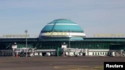 Астана халықаралық әуежайы. 3 қыркүйек 2016 жыл.