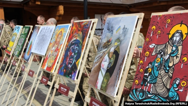 Волонтери і рідні полонених мандруватимуть зі своїм проектом містами України