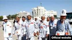 Сауд Арабия -- Кыргызстандык зыяратчылар Медина шаарында. 3-октябрь, 2013.
