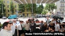 Чиновники пообещали собравшимся рекомендовать владельцам маршрутных линий снизить цены