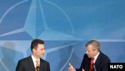 Премиерот Груевски при последната посета на НАТО во Брисел