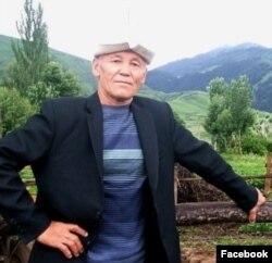 Абдил-Ахат Курбанов Чоң-Кеминдеги Калмак-Ашуу кыштагынын жанында. 2020-жылдын 1-октябры.