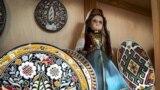 «Можливість відчути себе як вдома»: у Києві відкрилася виставка кримських «артефактів» (відео)