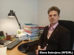 Владислав Коснырев, адвокат Елены Родвиковой