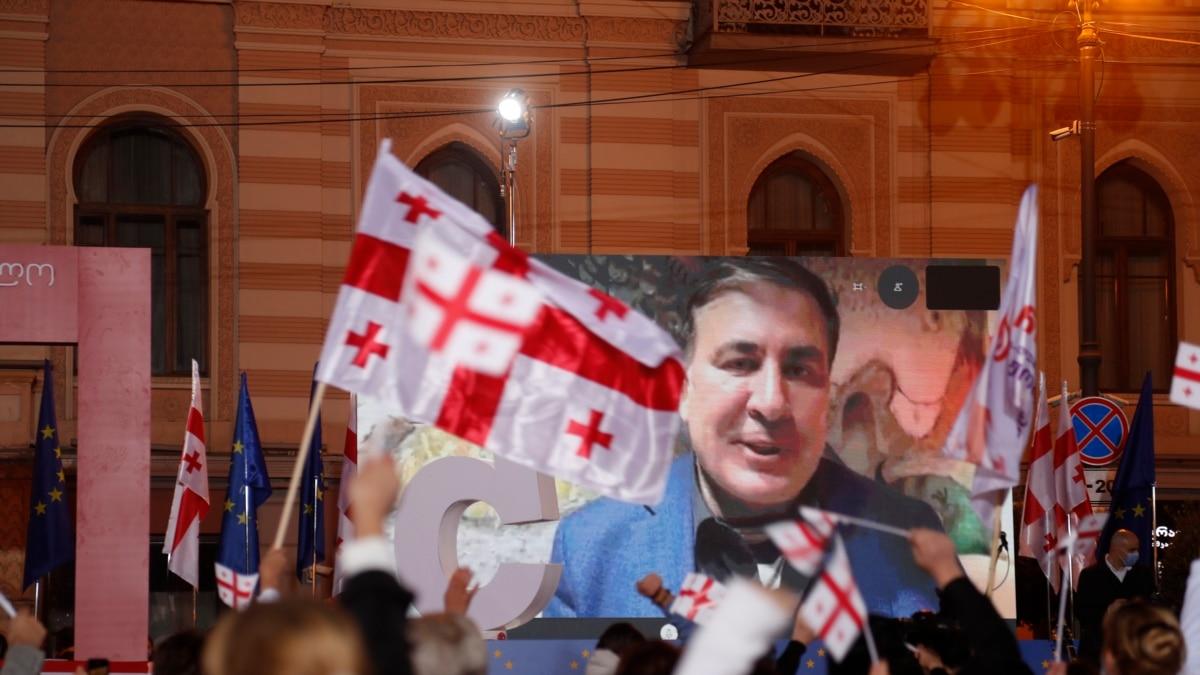 «Путин получает сейчас огромное удовольствие от того, что происходит в Грузии» - Саакашвили