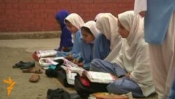 Pakistan: Ponovo u školi