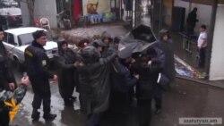 Բախում ոստիկանների և որդեկորույս մայրերի միջև