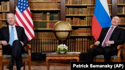 Președintele SUA Joe Biden și omologul său rus, Vladimir Putin