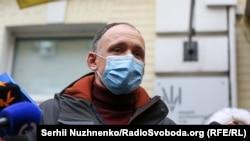 Олег Татаровзаперечує свою причетність до інкримінованих злочинів