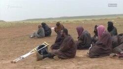 """Люди покидают последний оплот """"Исламского государства"""""""