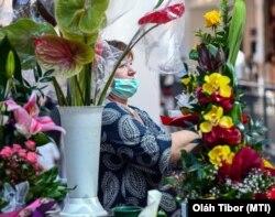 A virágboltot a járvány idején is ki kell nyitni, Debrecen, 2020. június 3.