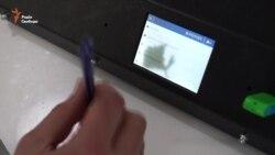 У Дніпропетровську створили перший в Україні 3D-принтер, що друкує з шоколадом (відео)