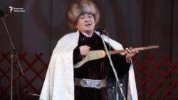 Кыргыз-казак тең баалаган Элмирбек