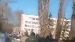 В Крыму у здания Верховного суда задержан крымский татарин