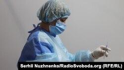 Документ «міститимеінформацію про вакцинацію, негативний результат тестування (діє 72 години) або одужання від COVID-19»