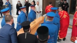 Serbian Believers Mourn Death Of Orthodox Patriarch
