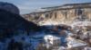 Внизу под мысом Бурунчак – историко-археологический комплекс «Салачик»