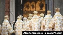 USR PLUS nu este de acord ca mai multe imobile să ajungă din proprietatea statului în cea a Bisericii Ortodoxe. (Imagine generică)