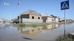 Грунтовые воды затопили улицу