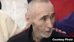 Арон Атабек после приезда в Алматы