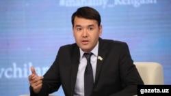 """Расул Кушербаевга """"Халқпарвар депутат"""" мақоми берилган"""