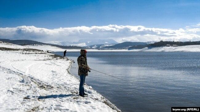 Симферопольское водохранилище – под снегом. Будет ли вода? (фотогалерея)
