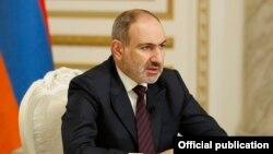 Armenia -- Amenian Prime Minister Nikol Pashinian addresses the nation, Yerevan, November 14, 2020.