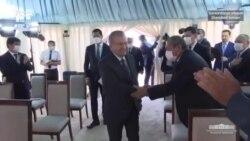 Президент борган маҳалла қувурини кесишга келган газчиларни ҳайдади