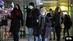 Общият брой на активните случаи на COVID-19 в България е 66 682