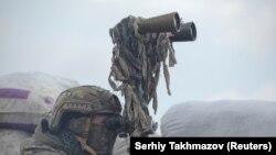 Загострення на Донбасі: фото з окопів та бомбосховищ