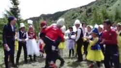 Нарындагы нукура кыргыз лагерь