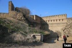 Дербент. Вид на крепость.