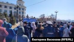 Митинг в поддержку депутатов гордумы Хабаровска