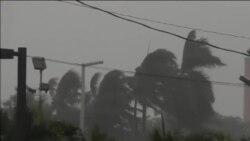 """Oluja i kiša pred uragan """"Metju"""" u Majamiju"""