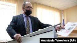 Igor Turik speaks in court in Perm.