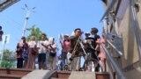 В Бишкеке не работают установленные два года назад подъемники для колясочников