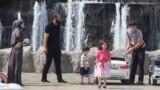Фонтан в Грозном дети аттракцион