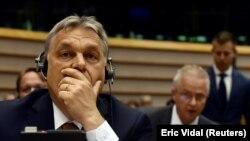 Orbán Viktor az Európai Parlamentben.