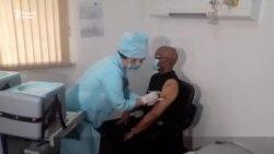 Даҳҳо ҳазор нафарро дар Тоҷикистон ваксина мезананд