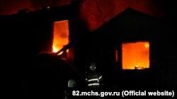 Ликвидация пожара в гараже в Симферополе, 18 июля 2021 года