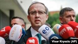 Kryeministri i ri i Kosovës, Avdullah Hoti.