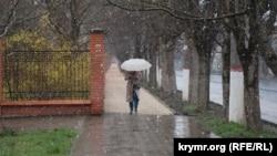 Снег в Симферополе, 8 апреля 2021 года