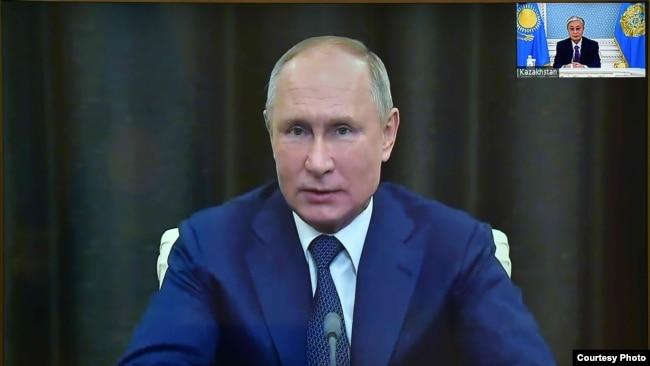 Президент России Владимир Путин и президент Казахстана Касым-Жомарт Токаев на онлайн-конференции «Artificial Intelligence Journey». 4 декабря 2020 года