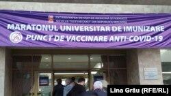 Primul maraton de vaccinare, organizat în zilele de 21-23 mai la Chişinău de Universitatea de Medicină și Farmacie.