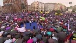 Luptă strânsă la alegerile din Polonia