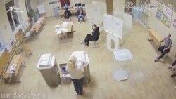Вкидання і брехня – головні кадри порушень на голосуванні в Росії щодо конституції (відео)