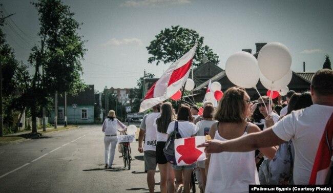 Марш салідарнасьці ў Пружанах 16 жніўня 2020
