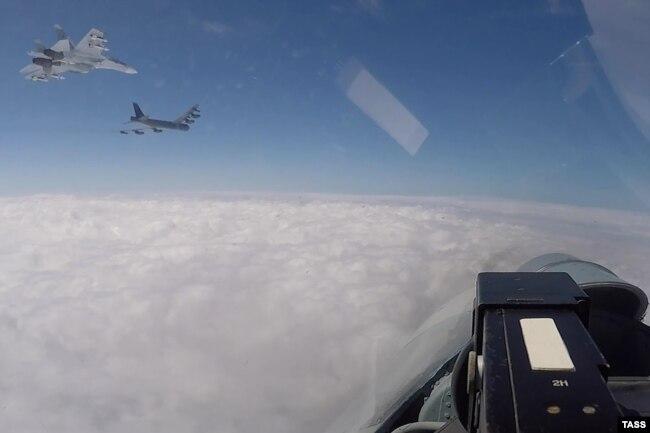 Полеты самолетов НАТО над Балтикой в рамках учений Североатлантического альянса Baltops 2020. 16 июня 2020 года
