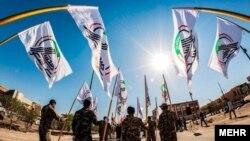 گروههای شیعه که در سایه شبکه شبه نظامی حشدالشعبی فعالیت میکنند.